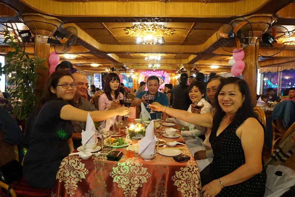 tổ chức tiệc du thuyền đà nẵng